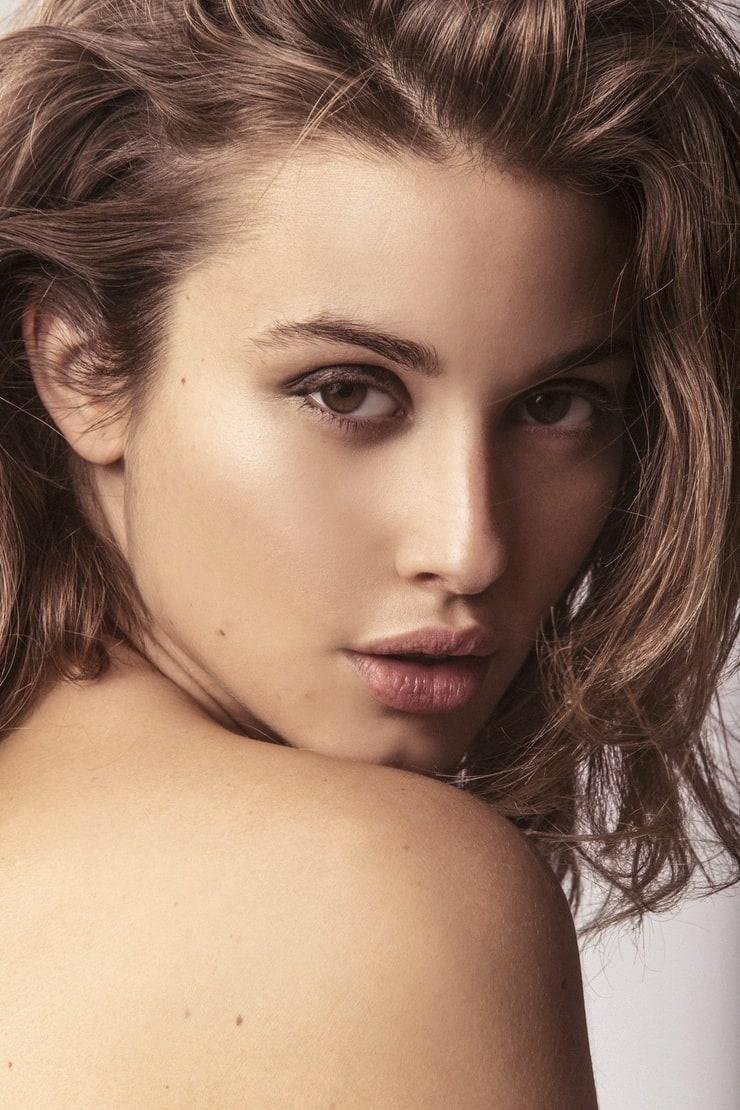 Gabriela Giovanardi Nude Photos