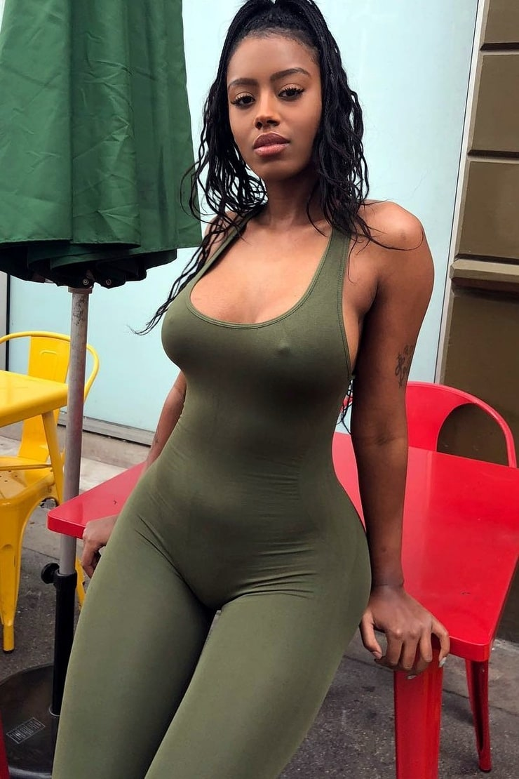 Fotos Raven Tracy naked (88 photo), Tits, Leaked, Twitter, see through 2019