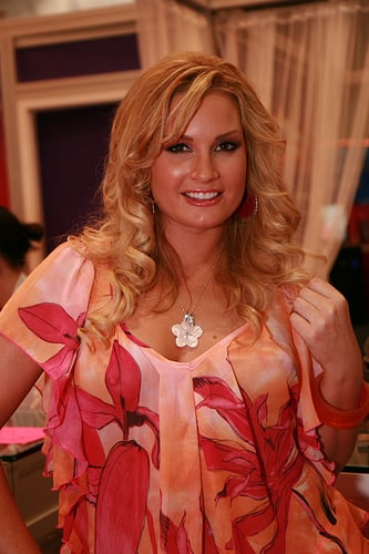 flower tucci pictures