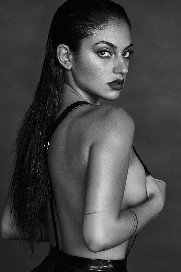 Inanna Sarkis naked (29 pics), foto Tits, Twitter, bra 2015