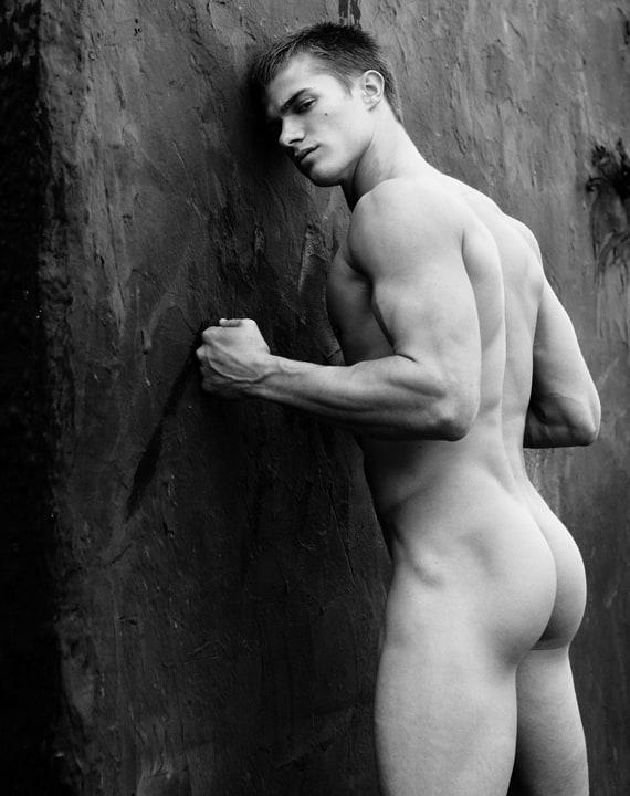 фото красивых мужиков голых