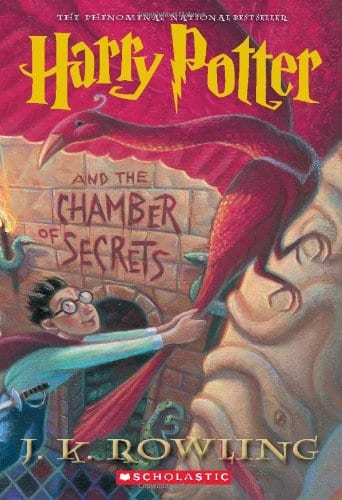 Harry Potter and the Chamber of Secrets (Harry Potter, Book 2)