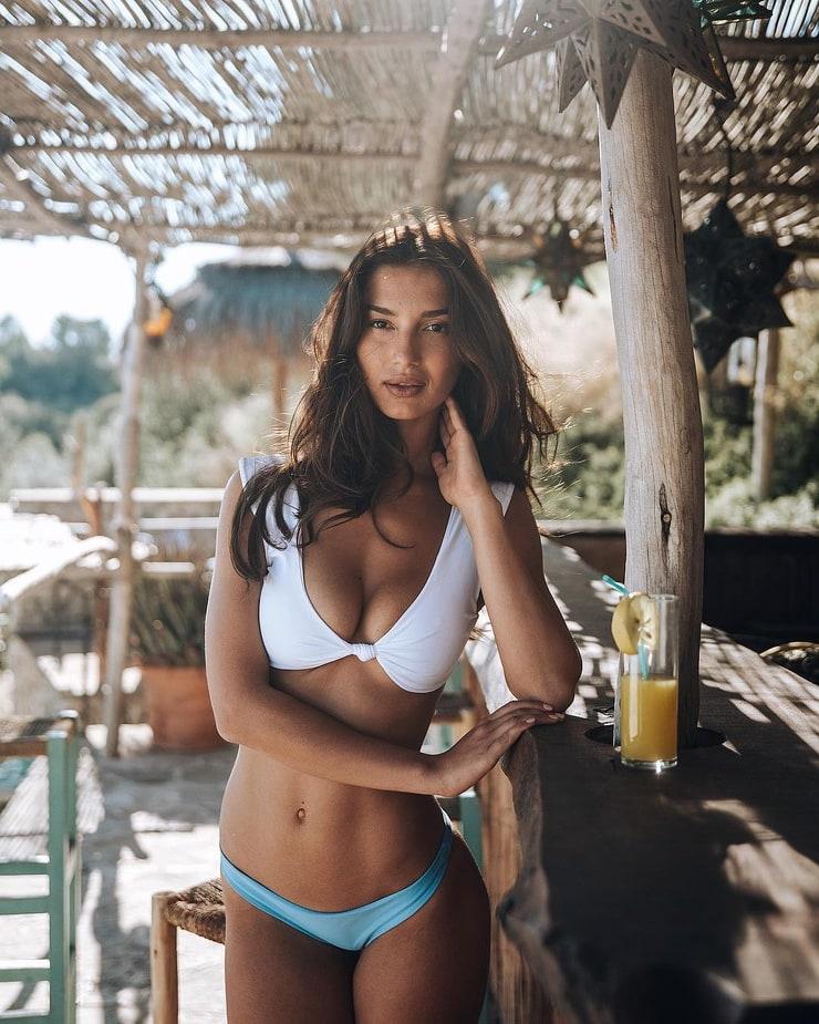 Tatiana Platon  nackt