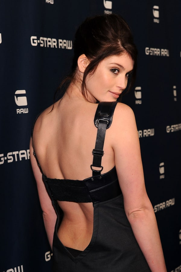 600full-gemma-arterton.jpg