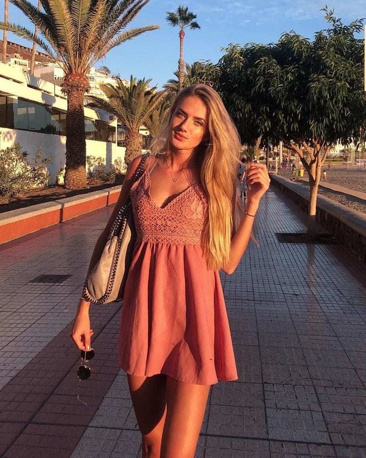 Picture of Alica Schmidt