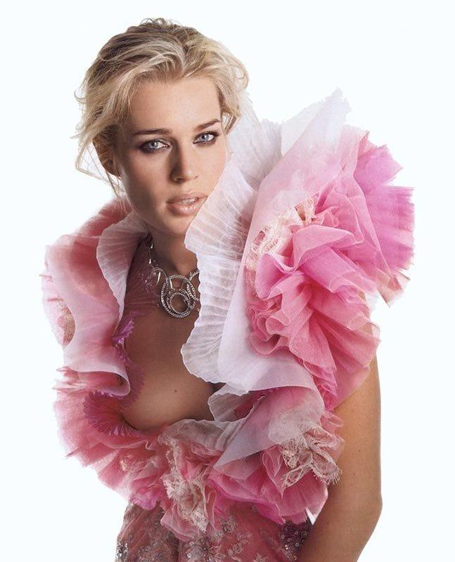 Rebecca Romijn Nude Photos And Videos At Banned Sex Tapes: http://hotgirlhdwallpaper.com/rebecca/rebecca-romijn-web.html