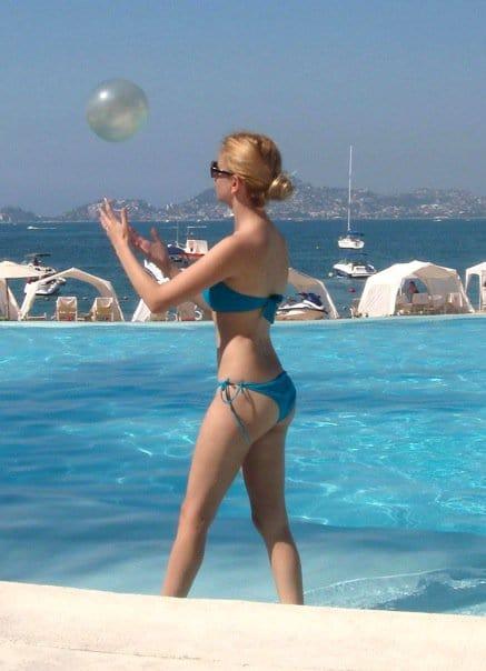 Maciela lusha bikini