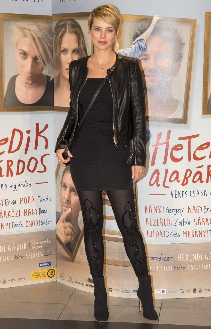 Andrea Osvart Hot Pics picture of andrea osvárt