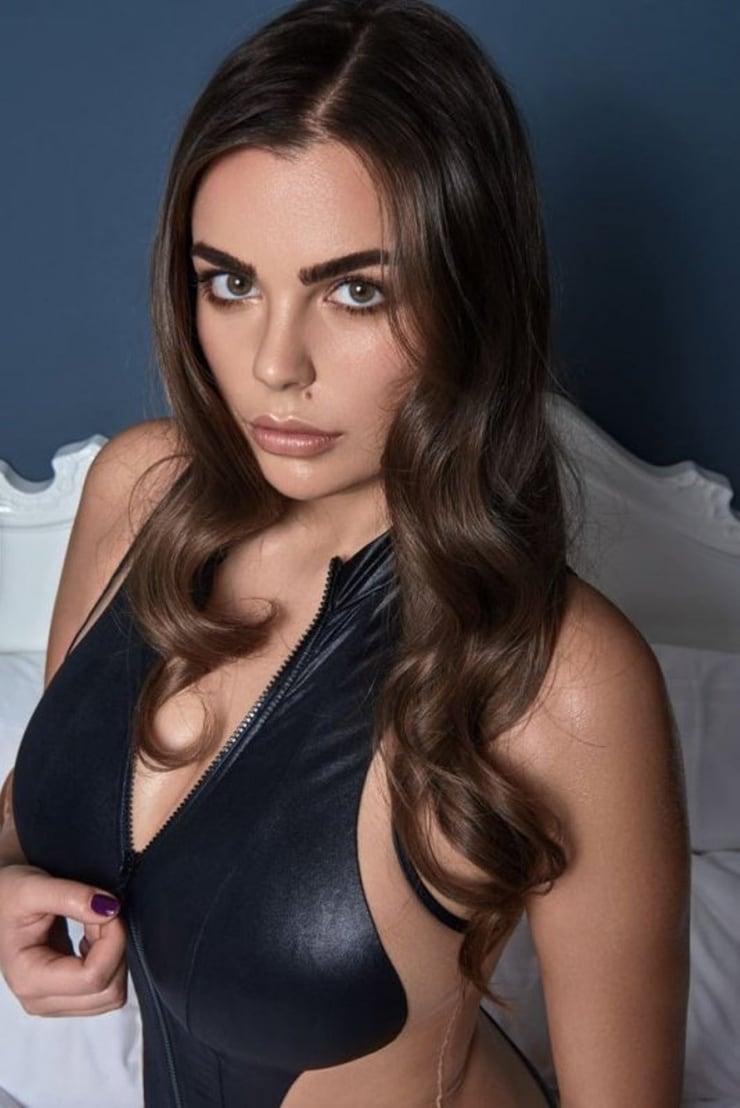 Nadine Mirada