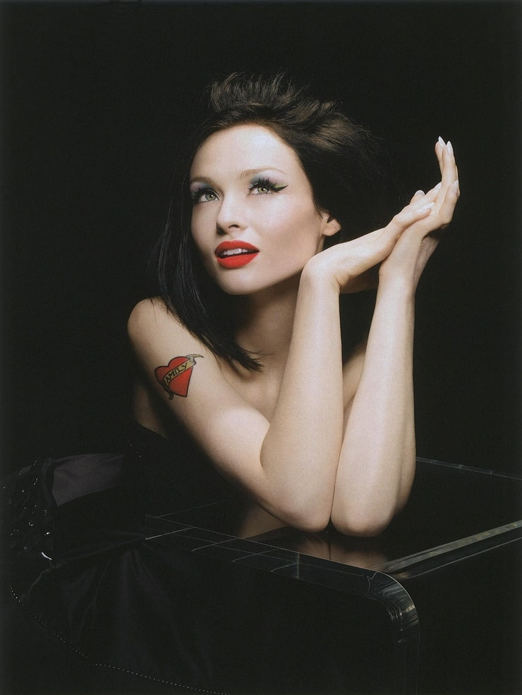 Sophie Ellis-Bextor Nude Photos 60