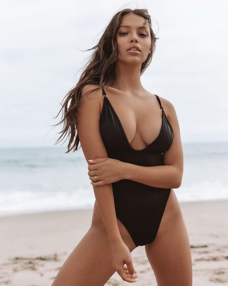 Fiona Barron