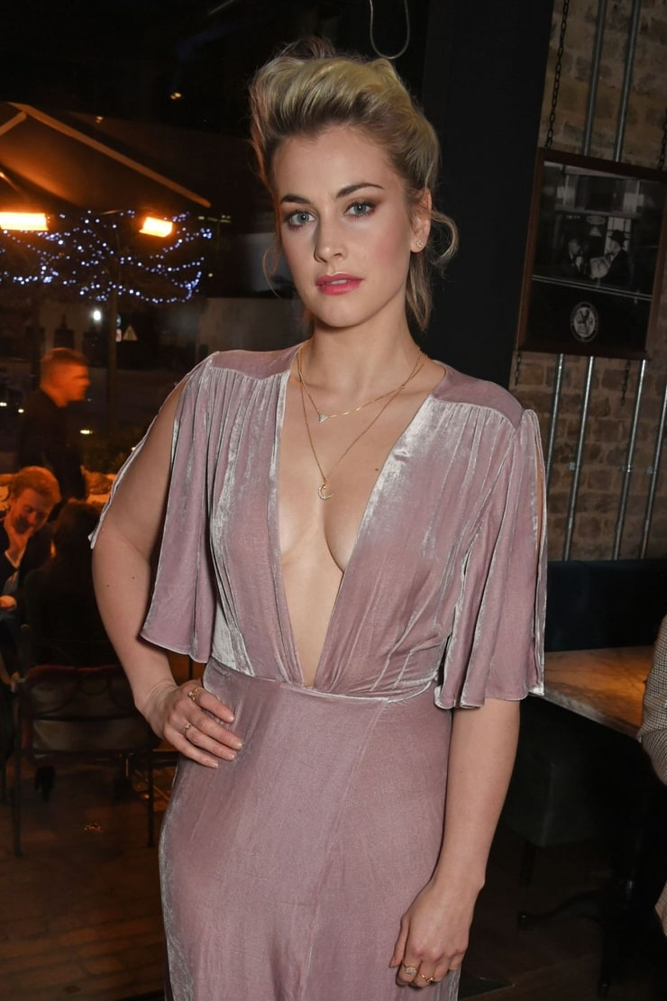 Download Stefanie Martini Hot  Wallpapers