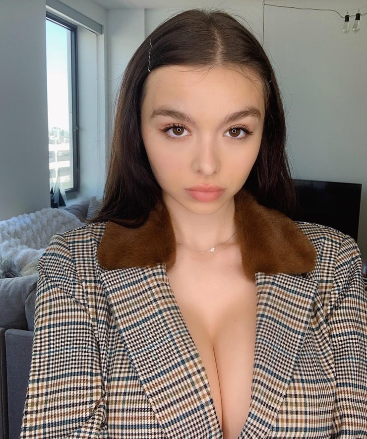Picture of Sophie Mudd