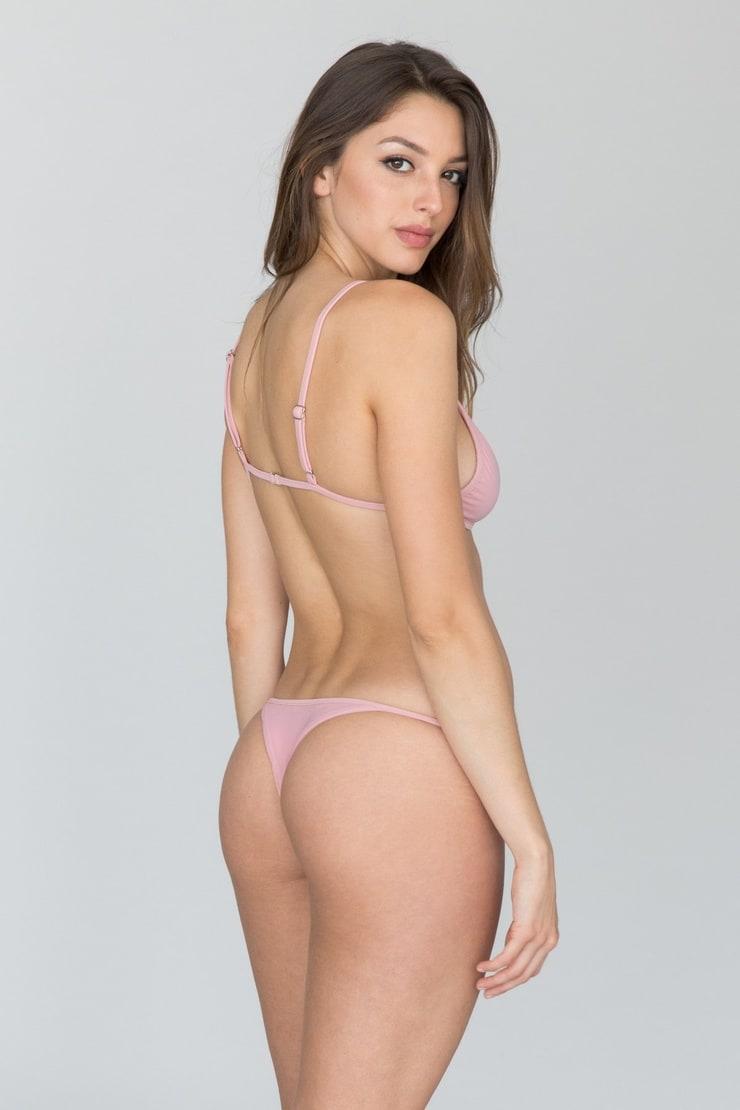 Tight yoga pants ass
