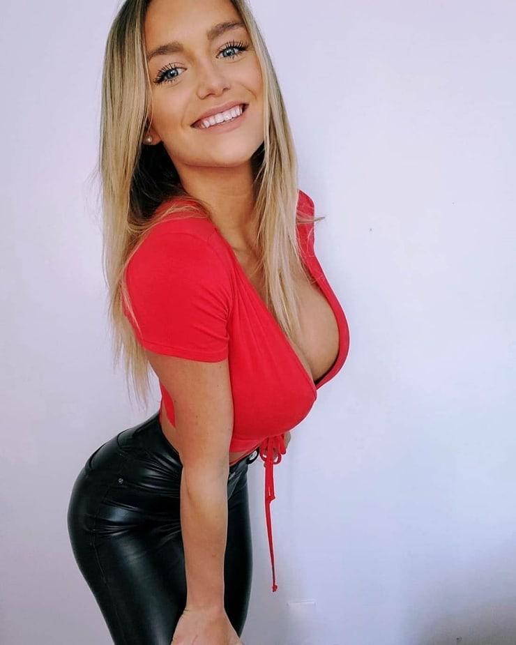 Alex Ann