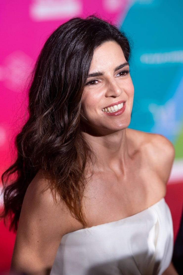 Picture of Clara Lago