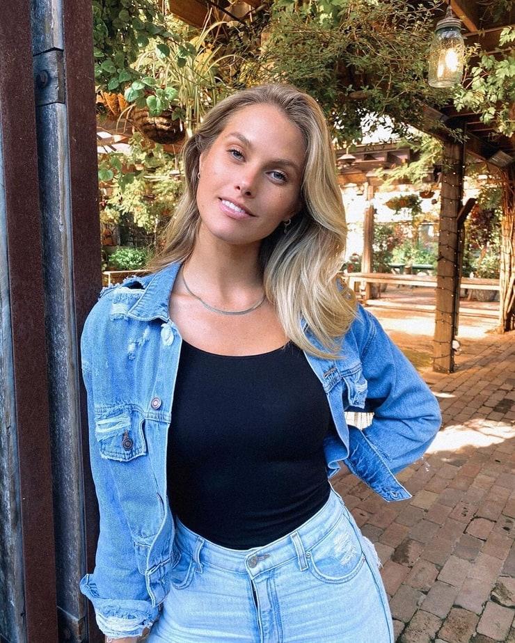 Picture of Natalie Jayne Roser