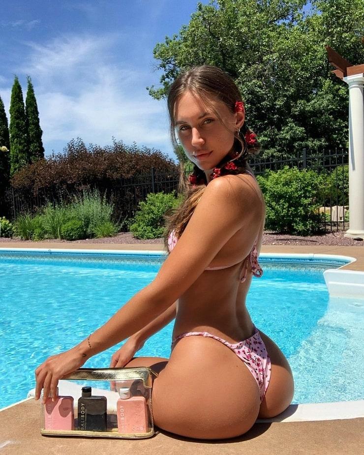 Brit Manuela (model)