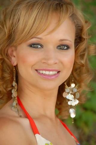 Meryl Cassie