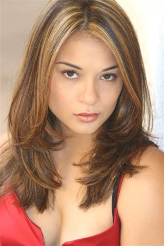 Picture of Alisa Reyes