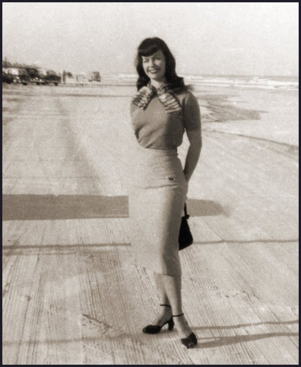 Bettie Page Pictures