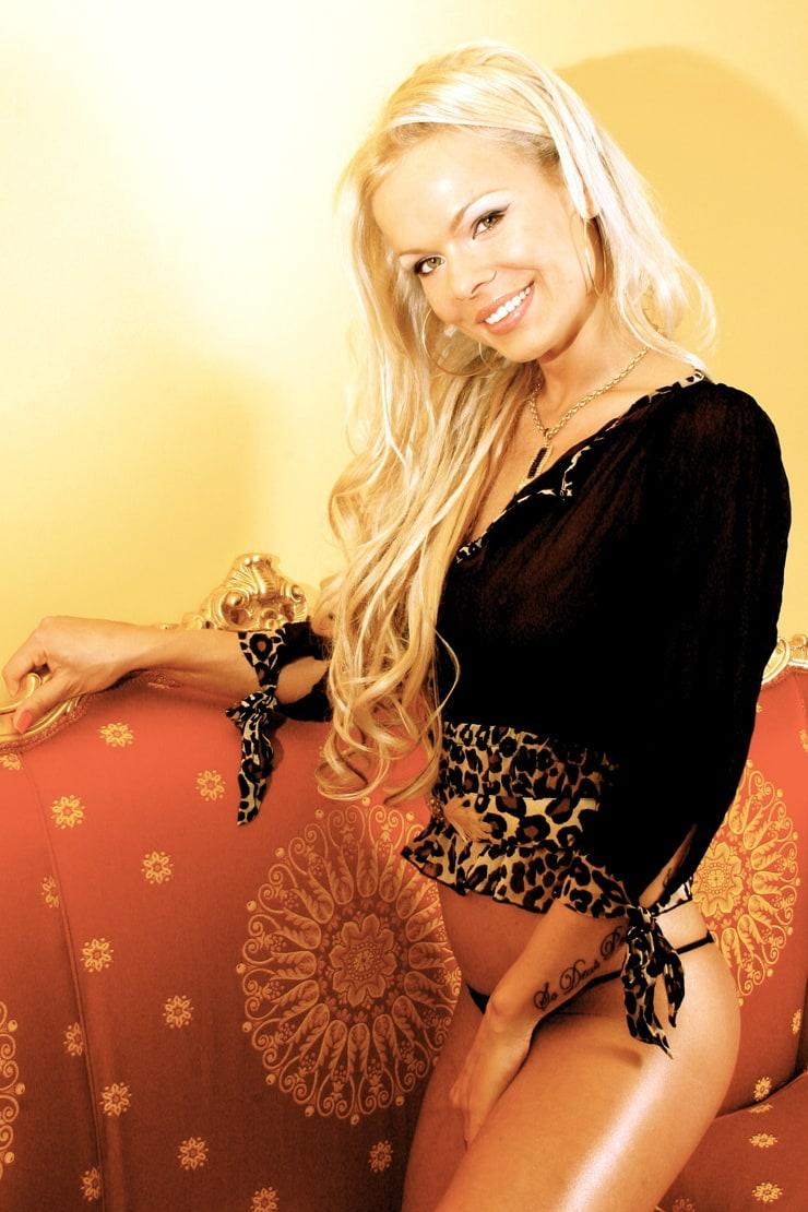 Picture of justine gromada - Diva futura cast ...