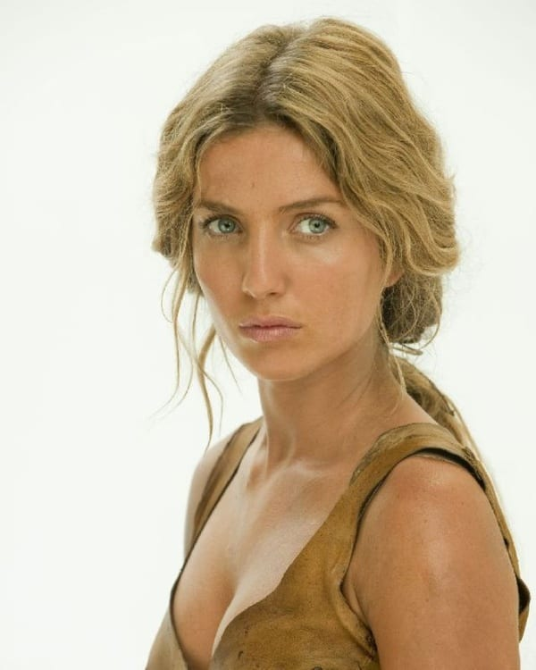 Annabelle Wallis The Lost Future The lost futureAnnabelle Wallis The Lost Future