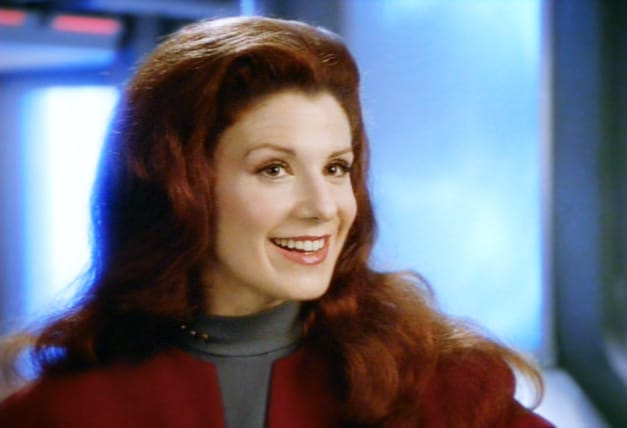 suzie plakson net worth