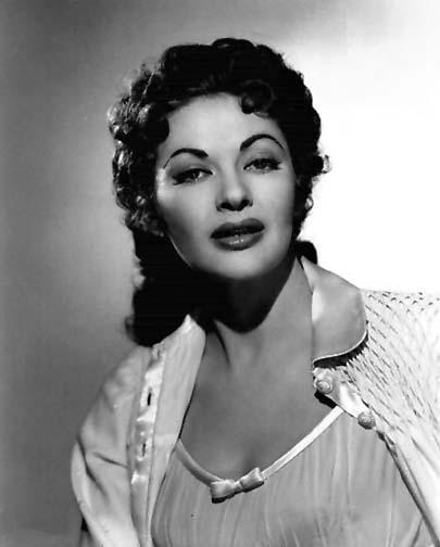 Yvonne De Carlo imdb