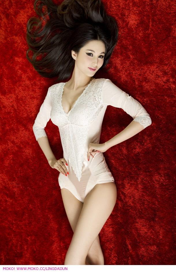 Leni Lan naked 679