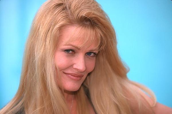 Debra Jo Fondren by Rod Stables - Photo 19491999 / 500px