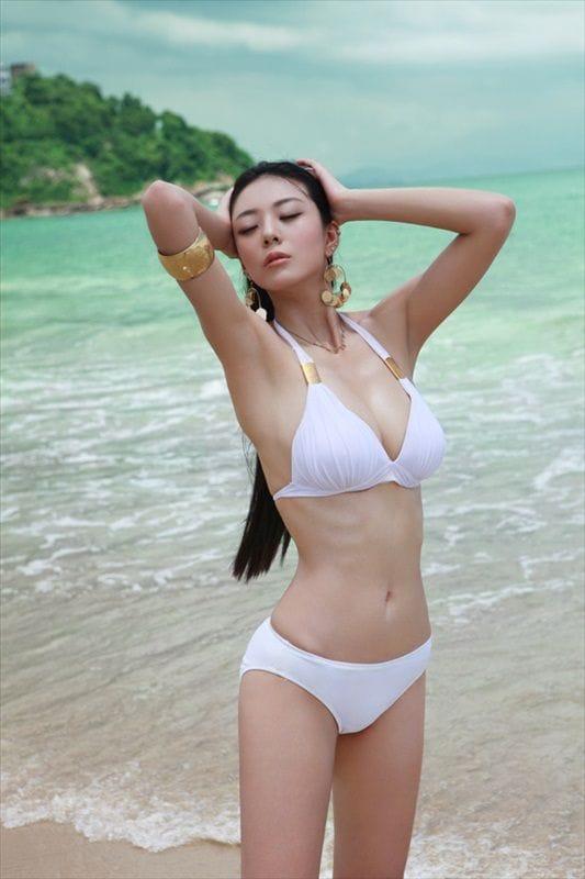 [Image: 533full-ai-shang-zhen.jpg]