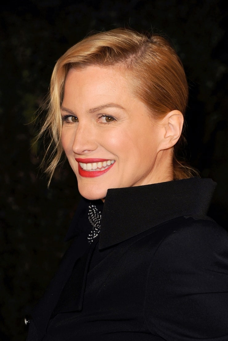 Picture Of Alice Evans