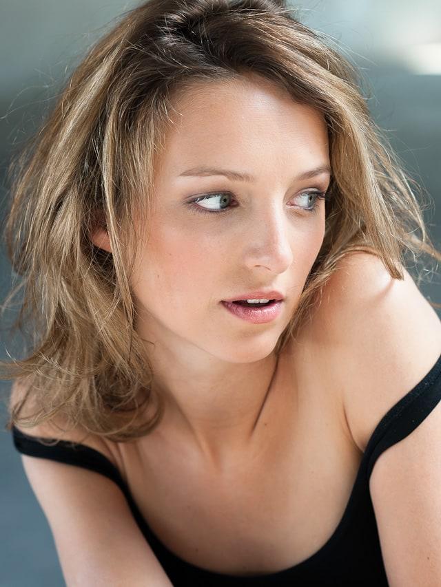Stephanie Crayencour nude 338