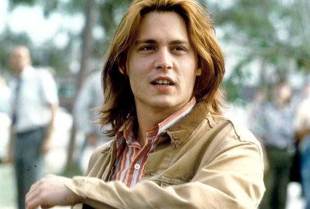 a review of whats eating gilbert grape What's eating gilbert grape is a strange and touching take on family life  gilbert (johnny depp) lives in a small town in iowa with his family, including his.