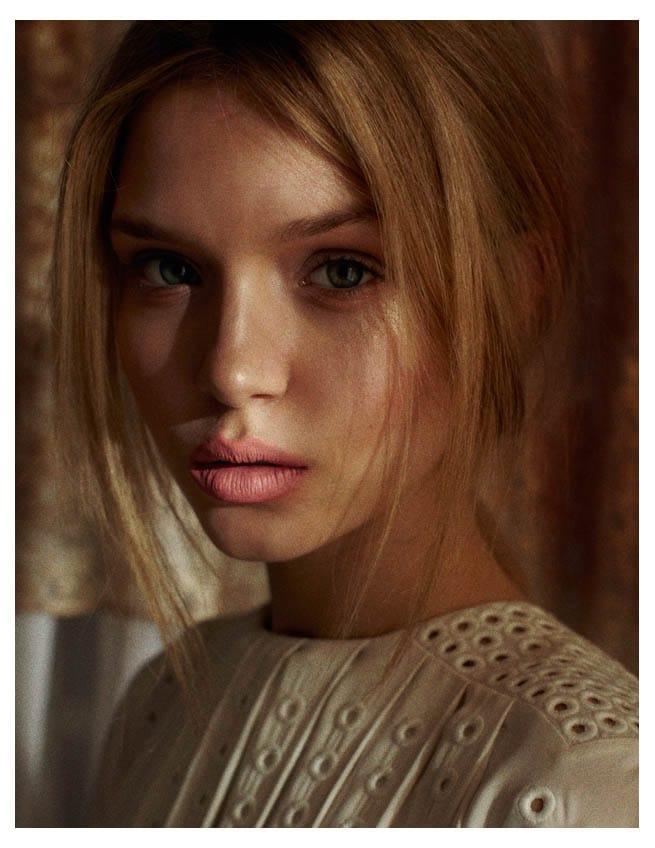Josephine Skriver