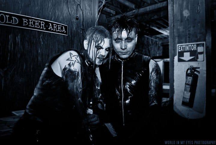 alien-vampires-bdsm