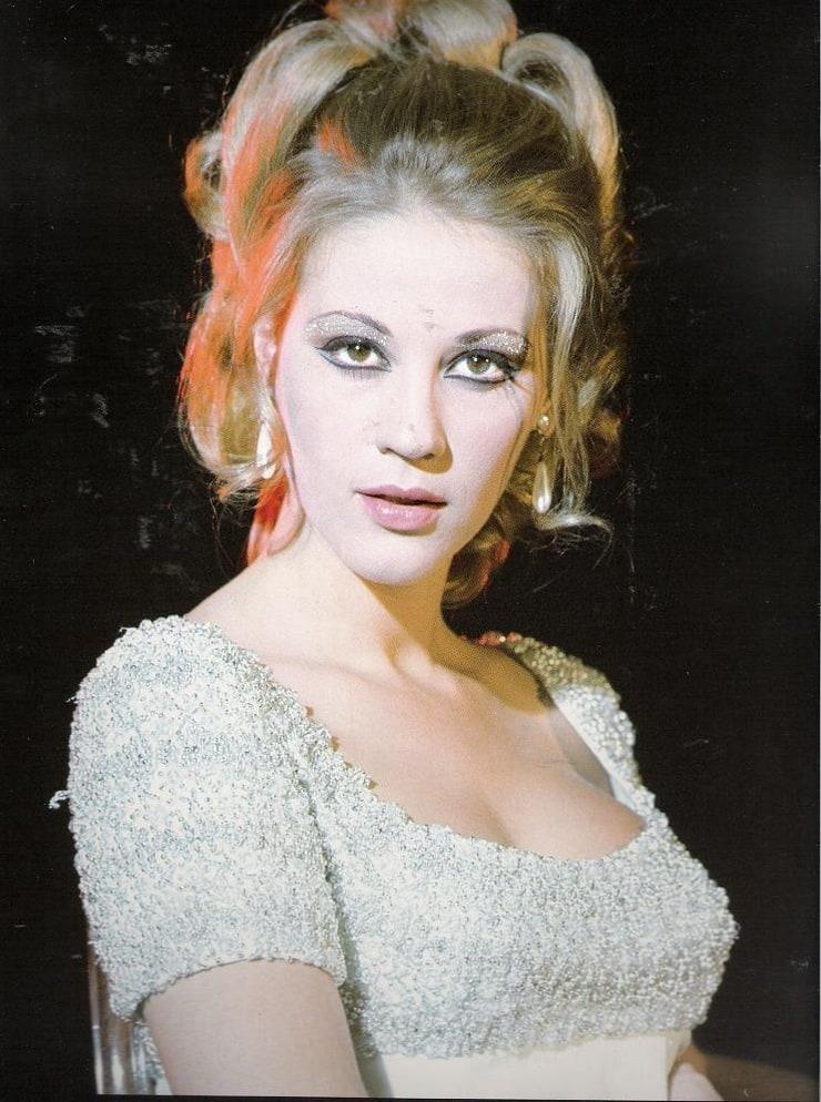 Zoe Laskari