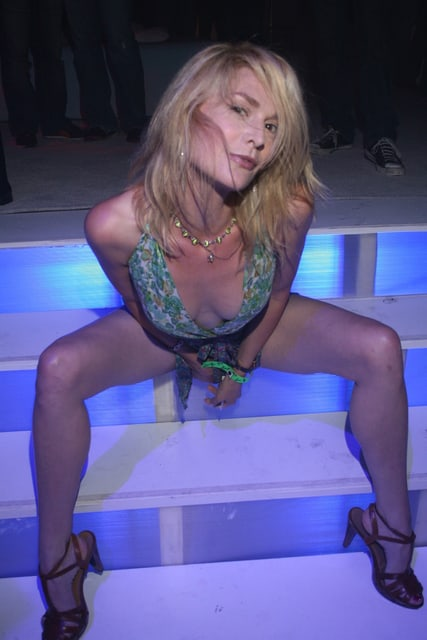 Thea Gill