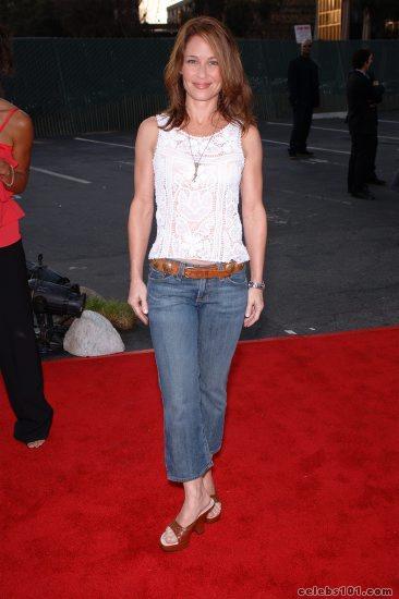 Picture of Julie Warner