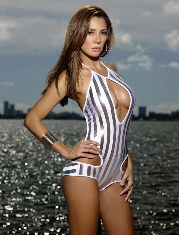 Elizabeth gutierrez sexy naked pics 954