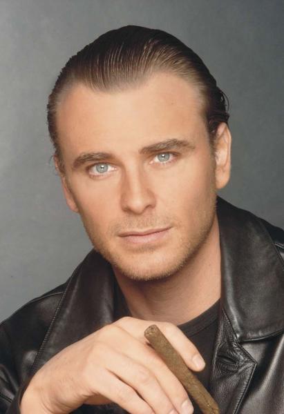 Juan Pablo Gamboa Cook (Cali, 24 de noviembre de 1966) es un actor colombiano, destacado por su participación en telenovelas de gran éxito internacional ... - 600full-juan-pablo-gamboa