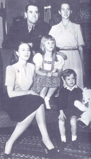 Henry Fonda with his wife & children