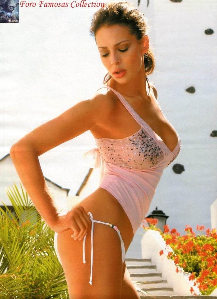 Eva Gonzalez Nude Photos