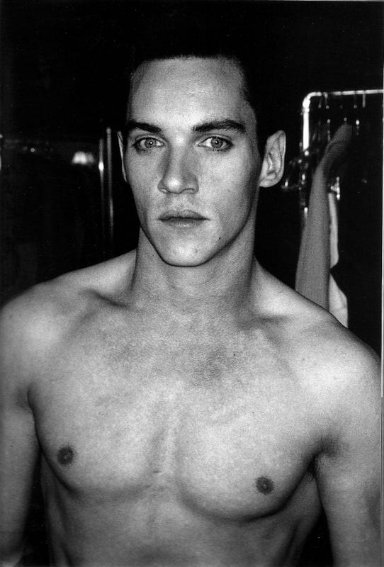 Jonathan rhys meyers nude photos