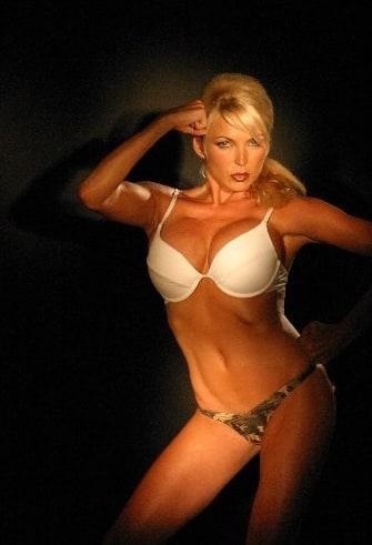 Shelley Michelle Nude Photos 30