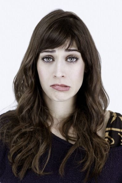 Picture of lizzy caplan