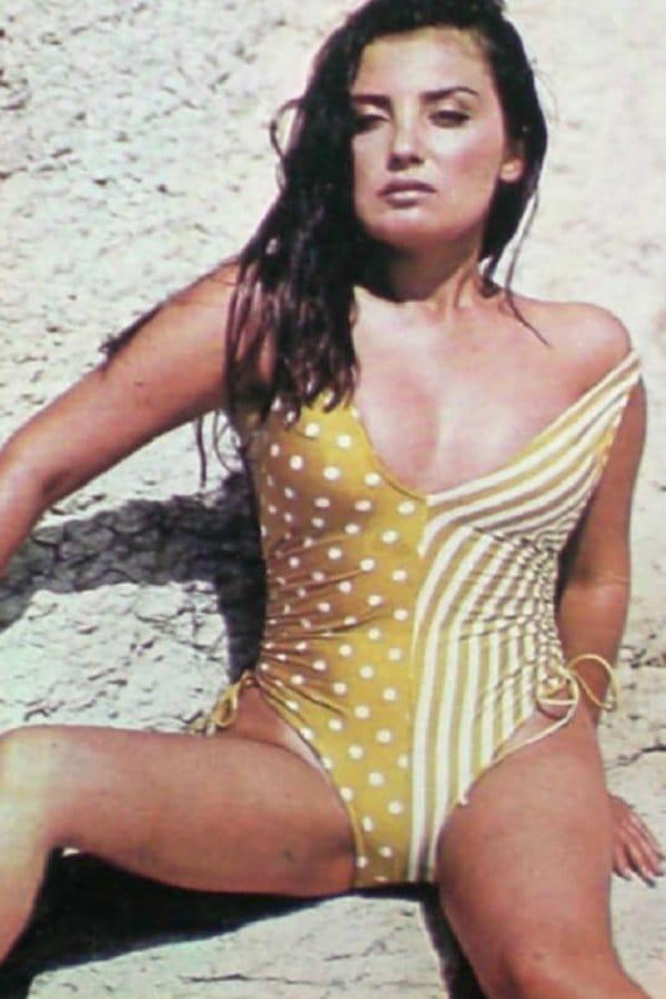 bikini pix Bahar
