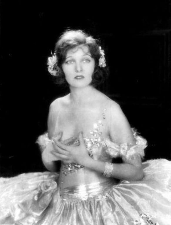 Corinne Griffith nude (97 foto) Is a cute, Facebook, cameltoe