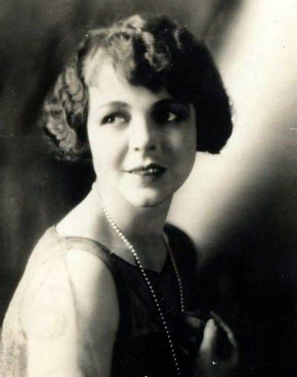 Helene Chadwick Net Worth